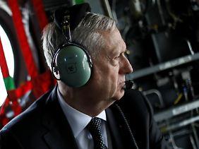 US-Verteidigungsminister Mattis will 4000 zusätzliche Soldaten nach Afghanistan schicken, um die lokalen Sicherheitskräfte auszubilden.