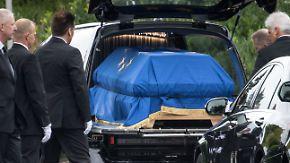 Mit Schiff, Auto und Hubschrauber: Helmut Kohls letzte Reise beginnt