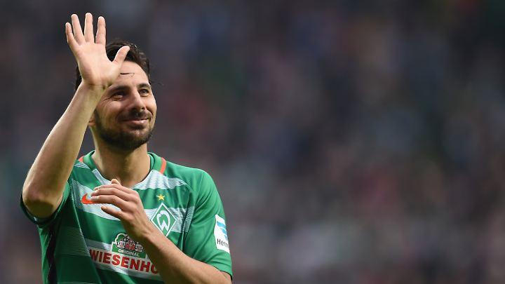 Das Ende der Legende: Claudio Pizarro bekam bei Bremen keinen neuen Vertrag mehr.