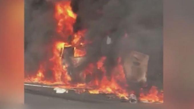 18 Tote bei Busunglück auf A9: Politiker verurteilen Gaffer und fehlende Rettungsgasse