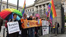 Gesetzentwurf nimmt letzte Hürde: Bundesrat billigt Ehe für alle