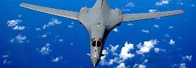 Provokation parallel zum Gipfel: US-Bomber fliegt über Südchinesisches Meer