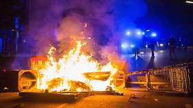Gabriel fürchtet um Deutschlands Image: Randalierer wüten erneut im Hamburger Schanzenviertel