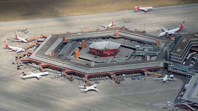 Soll mit der Eröffnung des neuen Airports BER schließen: Tegel im Norden Berlins.