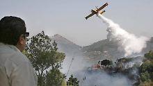 Waldbrände in Italien: Rauchsäulen umgeben den Vesuv