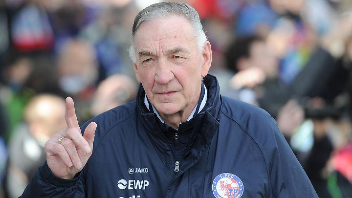 Bernd Schröder war 45 Jahre lang der Cheftrainer von Turbine Potsdam.