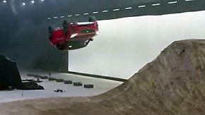 Kaum zu glauben, aber wahr: Das neue SUV-Modell von Jaguar kann fliegen