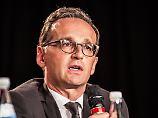 """""""In Teilen verfassungswidrig"""": Maas zerpflückt AfD-Programm"""