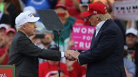 Sechs Monate im Weißen Haus: Trumps Jubiläum wird von dunklen Wolken überschattet