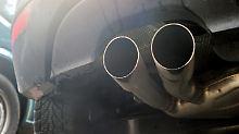 Millionen Fahrzeuge betroffen: EU fordert Autostilllegungen ab 2018