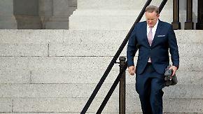 Feld um Trump lichtet sich: Sean Spicer gibt auf