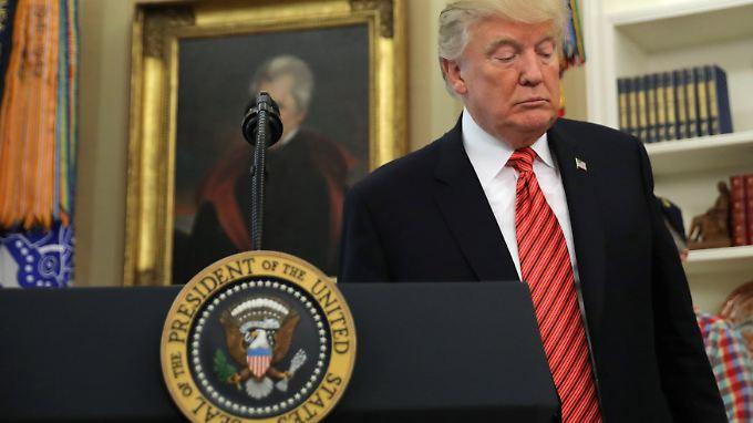 """Fast jeder dritte US-Bürger glaubt """"überhaupt nichts"""" von dem, was Trump mitteilt."""