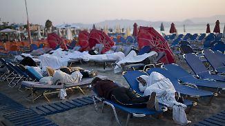 Reiseagenturen buchen um: Deutsche Urlauber fliehen aus Erdbebenregion