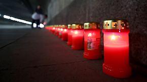 Tödliche Massenpanik in Duisburg: Gedenkfeier erinnert an 21 Opfer des Loveparade-Unglücks