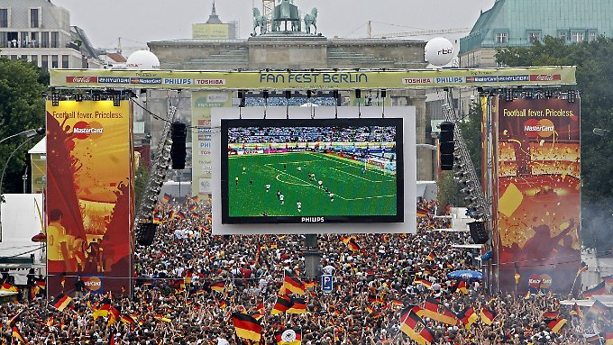 Das Sommermärchen 2006 kommt den DFB teuer zu stehen.