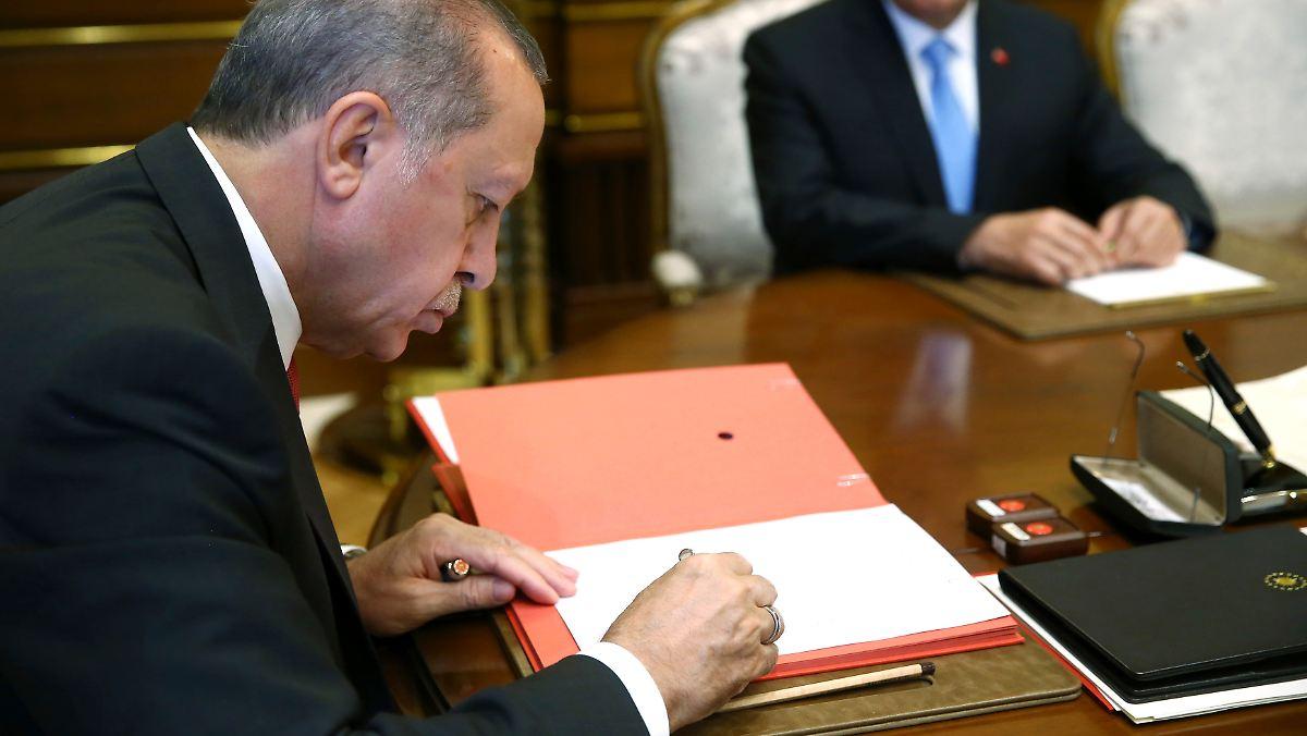 Erdogan zieht Terrorliste zurück