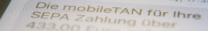 Der Tag: 10:22 BGH: Benutzte SMS-Tan dürfen extra kosten