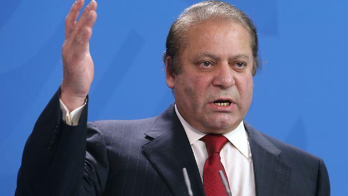Die Richter riefen die Anti-Korruptions-Behörde auf, die Ermittlungen gegen Sharif fortzusetzen.