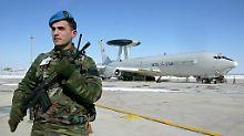 Streit um Nato-Stützpunkt Konya: Linker soll Grund für Besuchsverbot sein