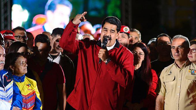 Der venezolanische Präsident Nicolás Maduro sprach nach den Wahlen vor seinen Anhängern.