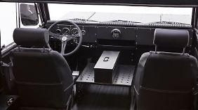 Im Innenraum des SUV geht es spartanisch zu.
