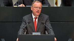 Ministerpräsident Weil streitet ab: VW soll Regierungserklärung umgeschrieben haben