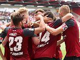 Wieder Erster in der 2. Liga: Nürnberg erobert Spitze, Aue kriegt Haue