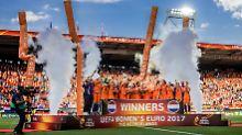 Fußballfest gegen Dänemark: Niederlande stürmen zum EM-Titel