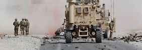Dutzende Zivilisten getötet: IS und Taliban greifen zusammen an