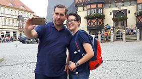 Selfie von Sitta und Köcke in Wernigerode. Die Zahl der Follower in den sozialen Medien ist bei Köcke allerdings noch überschaubar.