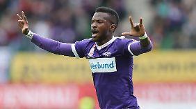 Larry Kayode wird die Wiener Austria in Richtung Manchester verlassen.