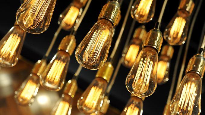 Bei herkömmlichen Glühlampen geht die meiste Energie über Wärme verloren.