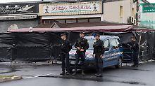Bei der Auto-Attacke auf eine Pizzeria in Paris wurden zwölf Menschen verletzt, ein Mädchen starb.