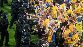 300.000 Euro pro Spiel: Steuerzahler finanziert Sicherheit für Fußball