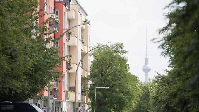 In Städten mit mehr als 500.000 Einwohnern, wie Berlin, stieg die Miete um fast 6 Prozent.