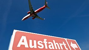 Zerschlagung schon im September?: Verbraucherschützer warnen Kunden vor Air-Berlin-Risiko