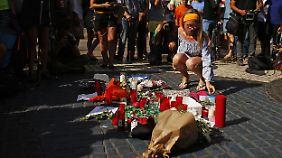"""Merkel: """"Vollständige Menschenverachtung"""": Die Welt nimmt Anteil an Barcelonas Leid"""