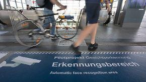 Streit um automatische Gesichtserkennung: Datenschutzbeauftragte will Berliner Testlauf stoppen