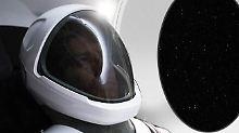 """""""Keine Attrappe"""": Musk stellt neuen Raumanzug vor"""
