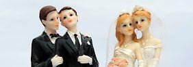 """Probleme im Standesamt: """"Ehe für alle"""" überfordert Hetero-Software"""