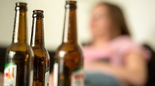 Gefährlicher Trend: Alkoholabhängigkeit bei Frauen nimmt zu