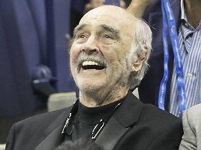 Und Connery hatte offenkundig Spaß.