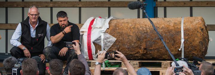 Aufatmen in Frankfurt: Spezialisten entschärfen Weltkriegsbombe