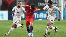 Der Sport-Tag: Frauen im Iran freuen sich über Fußballtickets - kurz