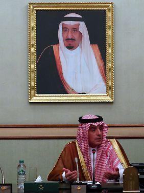 Außenminister Adel al-Dschubeir vertritt eine andere Linie gegenüber Iran als der innerste Zirkel um den König.