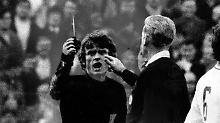 Redelings über die Saison 70/71: Das Messer verfehlt Sepp Maier nur knapp