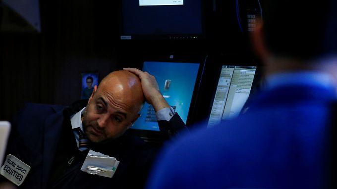 Ein schwerer Sturm nach dem anderen - das sorgt für besorgte Gesichter an der Wall Street.