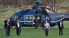 Teure Flüge im Wahlkampf: Anwalt stellt Strafanzeige gegen Merkel