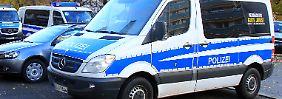 Zufallsfund in Dresdner Wohnung: Mutmaßlicher Reichsbürger hortet 50 Waffen