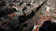 Demonstration in Barcelona: Hunderttausende fordern Unabhängigkeit